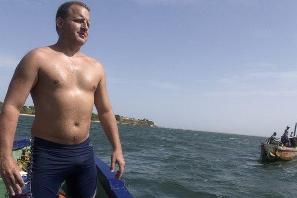 Ben Hooper prend ce mardi le départ d'une traversée de l'Atlantique à la nage, entre du Sénégal au Brésil.