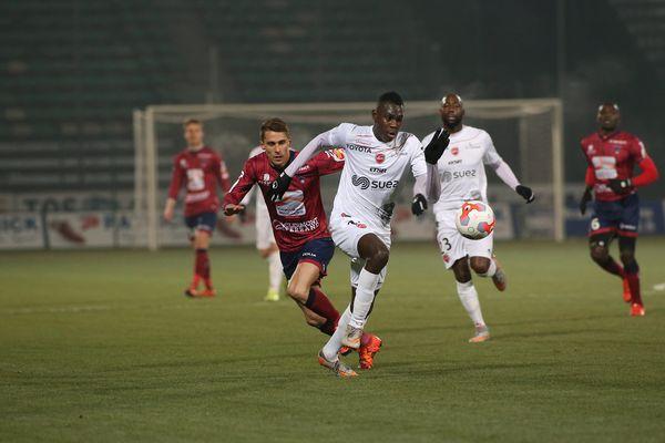 Moussa Niakhaté, ici en 2015 contre Clermont, a inscrit vendredi soir son premier but chez les pros face à Auxerre.