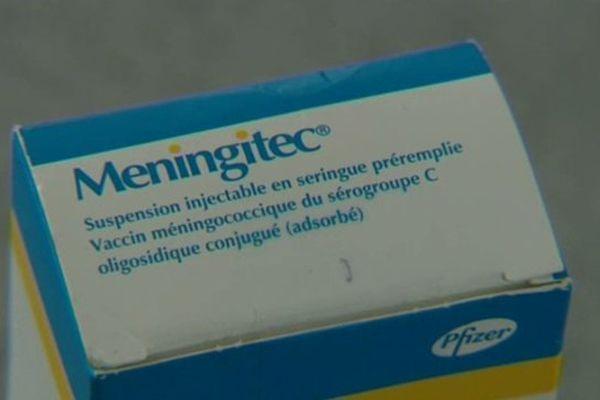 240 familles reprochent au laboratoire CSP, situé à Cournon-d'Auvergne (Puy-de-Dôme), d'avoir acheminé des seringues défectueuses car contenant des résidus de métaux lourds.