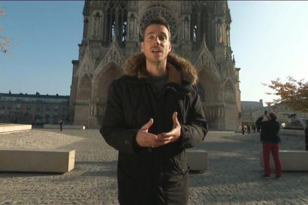 Mathieu Guillerot devant la cathédrale intervient sur la reconstruction de la ville de Reims