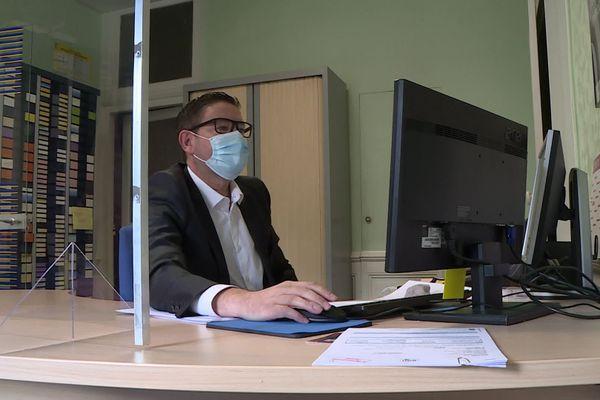 Depuis le 1er septembre, le port du masque est obligatoire pour tous les salariés partageant leur espace de travail.