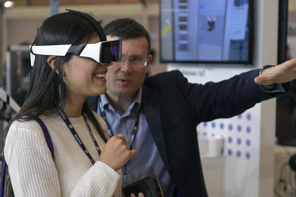 Il n'est pas encore aussi prestigieux que le célèbre CES de Las Vegas, mais le SIDO de Lyon s'impose comme le premier salon d'Europe pour les professionnels des objets connectés, de l'intelligence artificielle, et de la robotique.