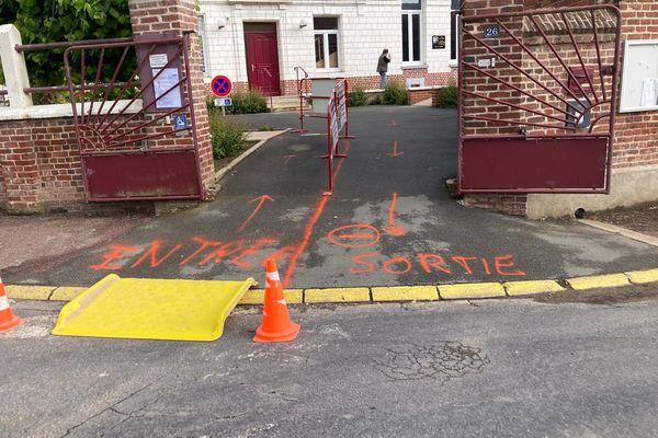Bureau de vote à Berles au Bois, dans le Pas-de-Calais.