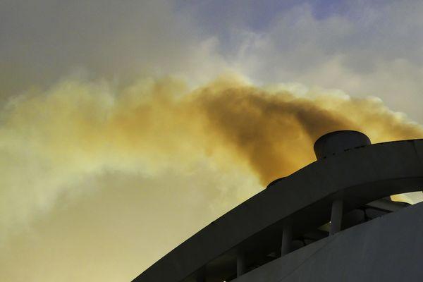 1.728 morts prématurées pourraient être évitées chaque année par un renforcement des normes antipollution par les navires en Méditerranée. Notamment la pollution au dioxyde d'azote.