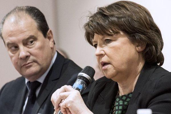 Martine Aubry aux côtés du premier secrétaire du Parti socialiste Jean-Christophe Cambadélis.