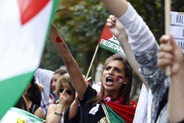 Samedi 2 août, la manifestation pro-palestinienne organisée à Paris avait rassemblé plusieurs milliers de personnes, qui avaient défilé dans le calme.