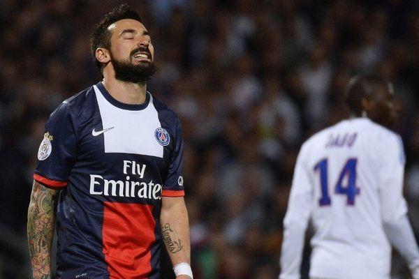 Lyon a été très bon et sa victoire face au PSG a été obtenue grâce à une belle frappe de Ferri à la 31e minute. Un but qui a sonné les Parisien. Ici Lavezzi.