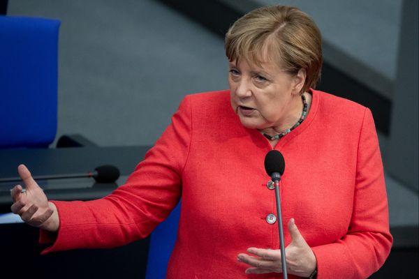 Angela Merkel au Bundestag, le 1er juillet.
