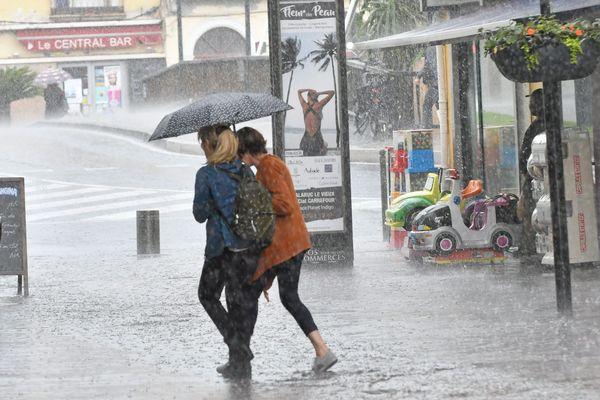 Sète (Hérault) - forte pluie sur le centre-ville - 2018.