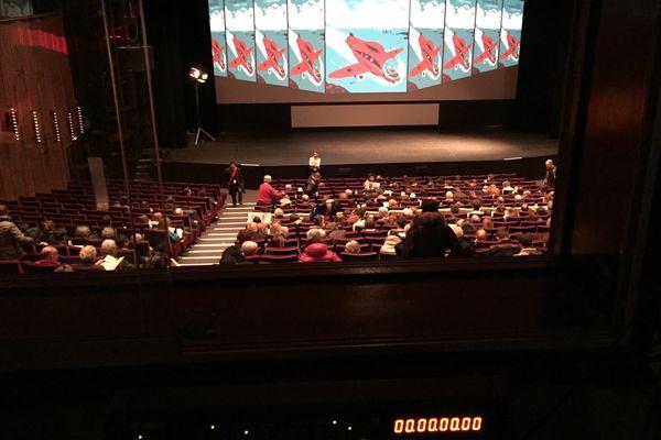 La salle de cinéma Jean Cocteau vu de la salle de projection