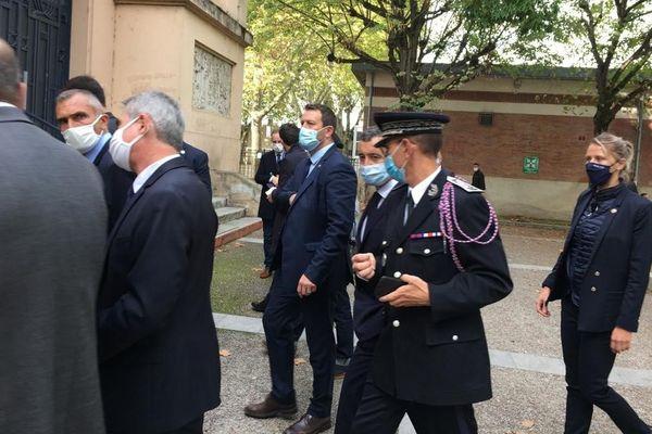 Le chef de la police et Gérald Darmanin aux Izards en octobre 2020 à Toulouse.