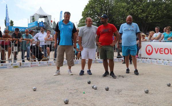 Mondial La Marseillaise à pétanque : la partie a été très serrée entre les deux triplettes.
