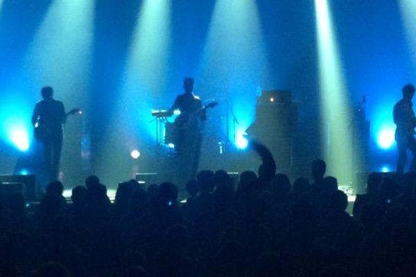 """Le groupe """"Youth Disorder"""" sort de l'ombre sur la scène de la Coopé à Clermont-Ferrand, le 29 janvier 2016."""