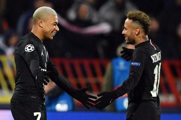 Les deux attaquants du PSG, Kylian Mbappé et Neymar Jr