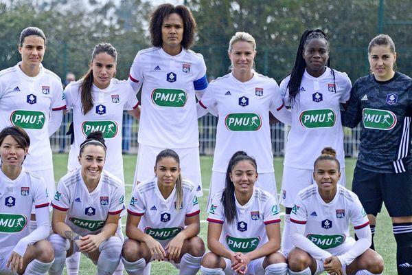 Les féminines de l'Olympique Lyonnais décrochent leur 14ème titre en championnat de France de division 1 sur décision de la FFF ce lundi 11 mai 2020.