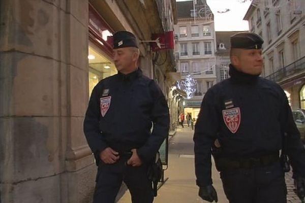 CRS en renfort à Besançon