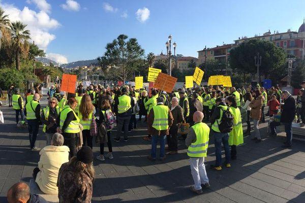 Manifestation ce samedi matin aux abords de la place Masséna à Nice pour décider des futures actions.