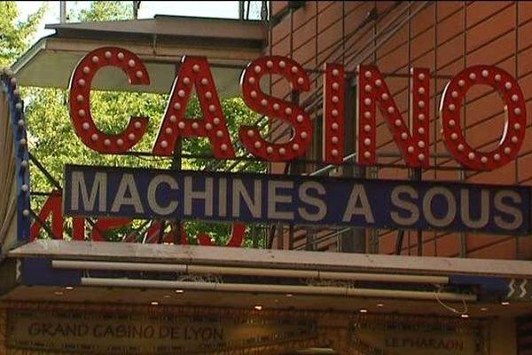 """En face du casino """"La Pharaon"""", à Lyon, l'hôtel Hilton n'appartient plus au groupe Partouche."""