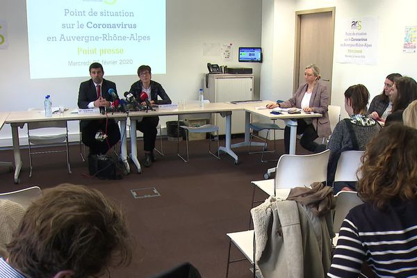 L'ARS Auvergne-Rhône-Alpes a tenu une conférence de presse à Lyon pour un point de situation sur le coronavirus.