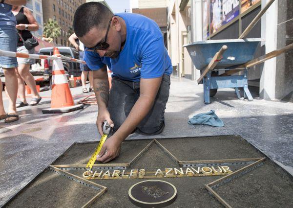 L'étoile de Charles Azanavour va être inaugurée ce jeudi sur la promenade de la célébrité à Los Angeles.