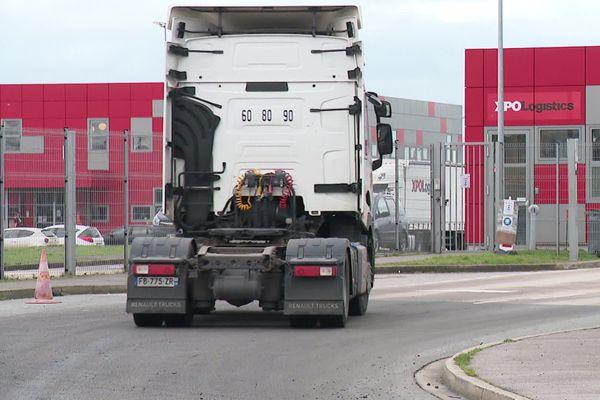 Certains routiers veulent faire valoir leur droit de retrait, en vain jusqu'à présent.