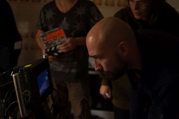 Francescu Artily sur le tournage de Pour que rien ne change.