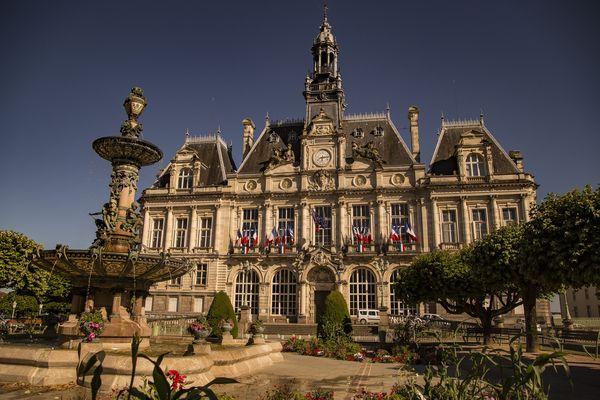 Comme partout ailleurs, l'équipe sortante gère les affaires courantes à la mairie de Limoges. Photo d'illustration.