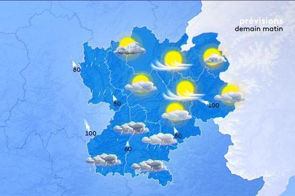 Saint-Etienne  ainsi que la Loire apparaissent sur toutes les cartes de prévisions météo de l'antenne France 3 Rhône-Alpes et AURA de France 3.