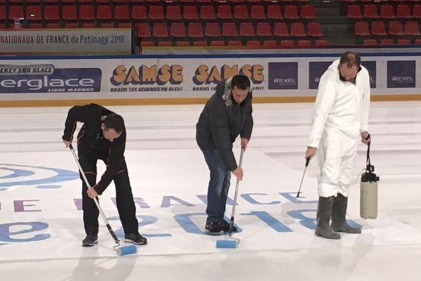 La patinoire Pôle Sud se prépare à accueillir les champions de patinage réunis à Grenoble pour la deuxième année consécutive pour les Internationaux de France.