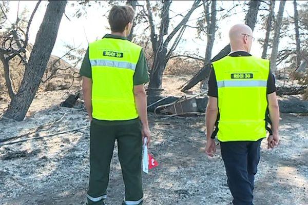 Nous avons suivie les enquêteurs chargés de déterminer les causes des incendies à Bouillargues près de Nîmes