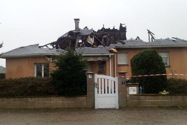La maison a été enièrement détruite
