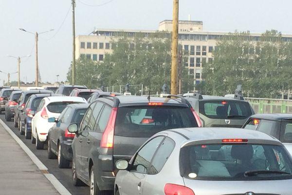 Rouen : circulation au ralenti sur le pont Boieldieu (archives)