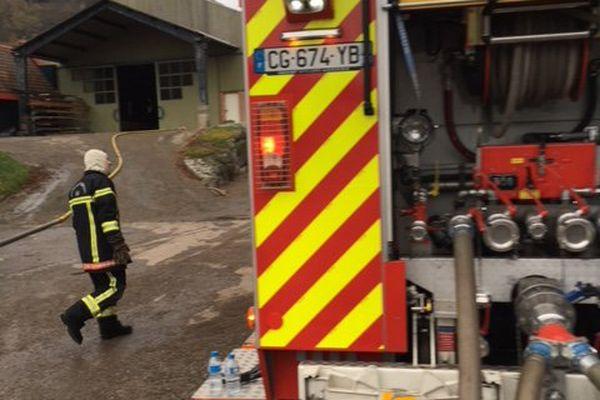 Sapeurs pompiers en intervention