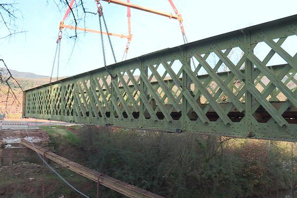 Le pont de l'Aubaygues, dans l'Hérault, a été construit en 1895.
