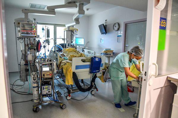 Huit personnes sont toujours hospitalisées en réanimation en Corse.