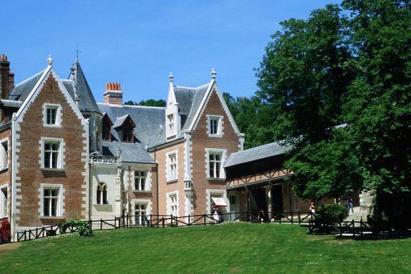 Le Clos-Lucé, propriété de la famille Saint-Bris et classé monument historique.