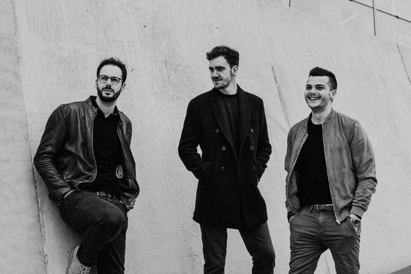 Le trio Foehn sera sur la scène du Jammin'juan le 5 août. Les 3 Lyonnais proposeront un musique mêlant instruments acoustiques et sonorités électroniques.