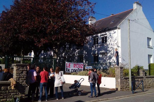 Les parents d'élèves de l'école du Rouz à Concarneau (29) cherchent un instituteur sur Le Bon Coin
