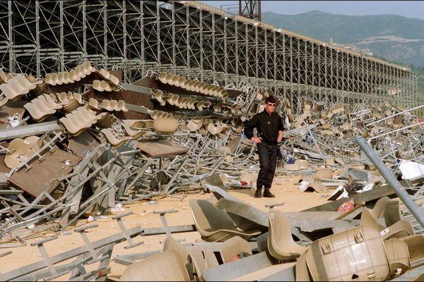Le 5 mai 1992, l'effondrement d'une tribune provisoire du stade Armand-Cesari de Furiani a fait 18 morts et 2.357 blessés.