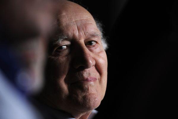 """Michel Piccoli en 2011 attendant le début d'une conférence de presse pour le film """"Habemus Papam"""""""