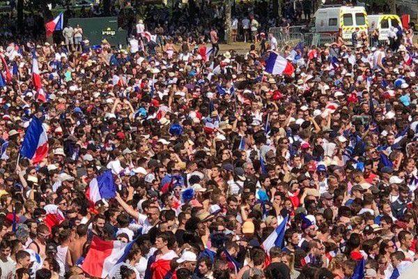 Il seront des milliers à avoir vécu cette finale dans les fan zones de la région. Ici au Mans.