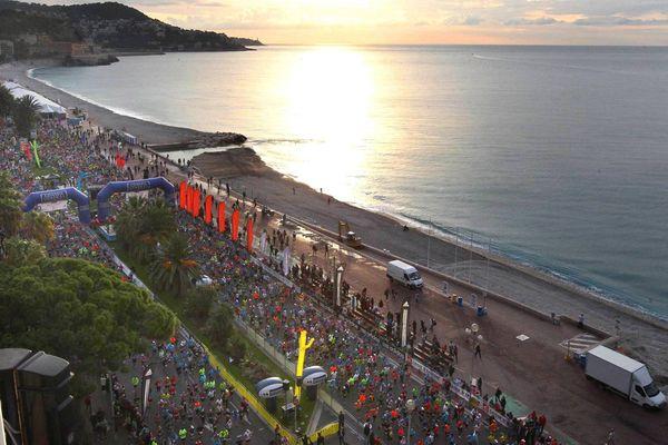Le départ du marathon à Nice en 2014
