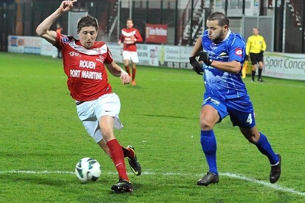 Le FCR contre Bourg-Péronnas le 9 février 2013 au stade Robert Diochon.