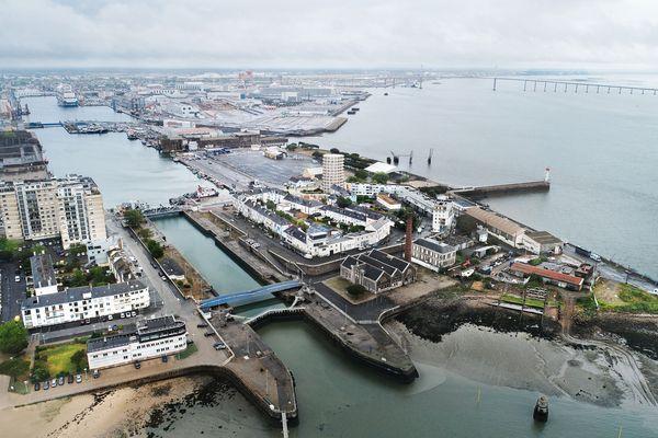Le Petit Maroc, quartier portuaire situé entre Loire et Atlantique, accessible par les ponts, fait l'objet d'un vaste plan d'aménagement par la Ville et l'agglomération nazairienne