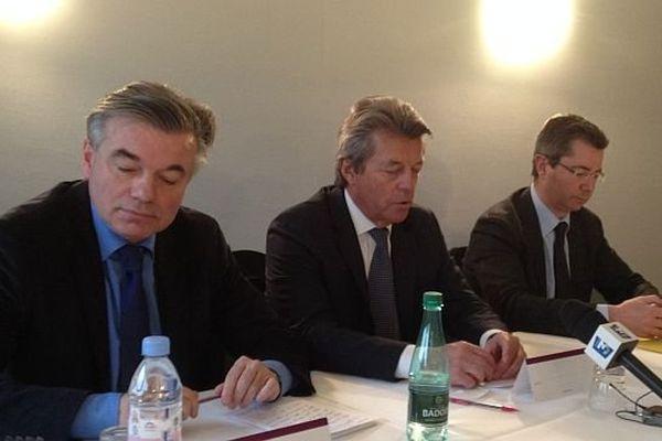 Alain Joyandet, député-maire UMP de Vesoul, a réussi sa mission de conciliation entre Alain Houpert, candidat officiel du parti, et Emmanuel Bichot, son challenger.