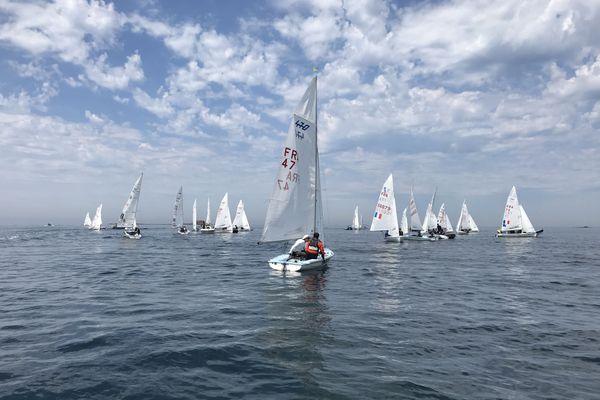 54 équipages en 470 et en 420 participaient au Challenge Cornu à Plouguerneau, du 5 au 8 août.