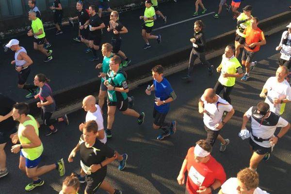 Des coureurs lors du semi-marathon de Lille. Photo d'archives.