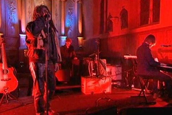 Le reggaeman Winston Mac Annuff en concert à Jazz en Ouche