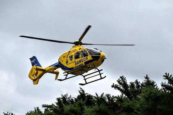 Malgré l'intervention des secours, notamment l'hélicoptère du SAMU 29, l'apnéiste de 68 ans n'a pas pu être sauvé.