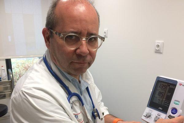 Thierry Prazuck Chef de service Maladie infectieuse VIH/SIDA hôpital Orléans